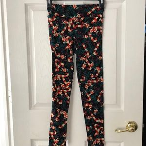 Lularoe Christmas tween leggings
